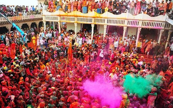 Holi-in-Mathura