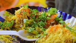 7 Must try iconic streets foods of Mumbai