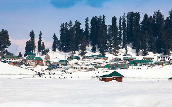 Top Destinations in India to Witness Snowfall