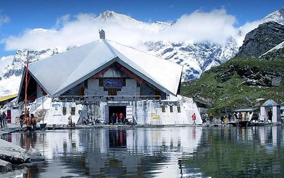 Gurudwara-Sri-Hemkunt-Sahib,
