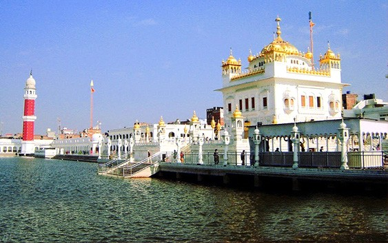 MUST VISIT GURUDWARAS IN INDIA