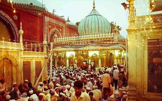 Nizamuddin-Auliya-Dargah